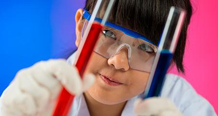 У ребенка понижены лейкоциты в крови: возможные причины, последствия и лечение