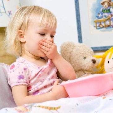 Причины рвоты и тошноты у ребенка, температура и другие сопутствующие симптомы, особенности лечения