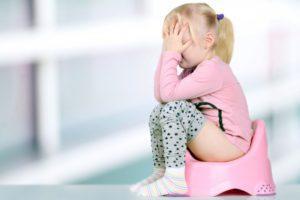 Почему у ребенка чешется в попе