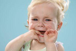 Постоянный стоматит у ребенка