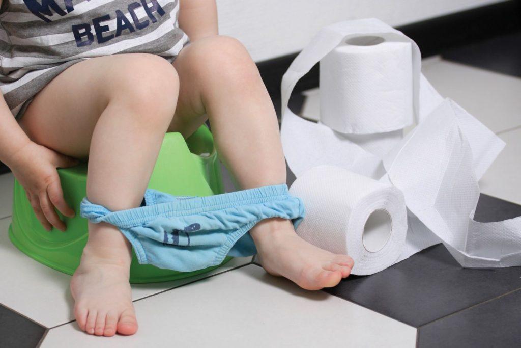 Ребенок пачкает трусы калом комаровский