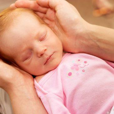 Симптомы и лечение дакриоцистита, или непроходимости слезного канала, у новорожденных и грудничков