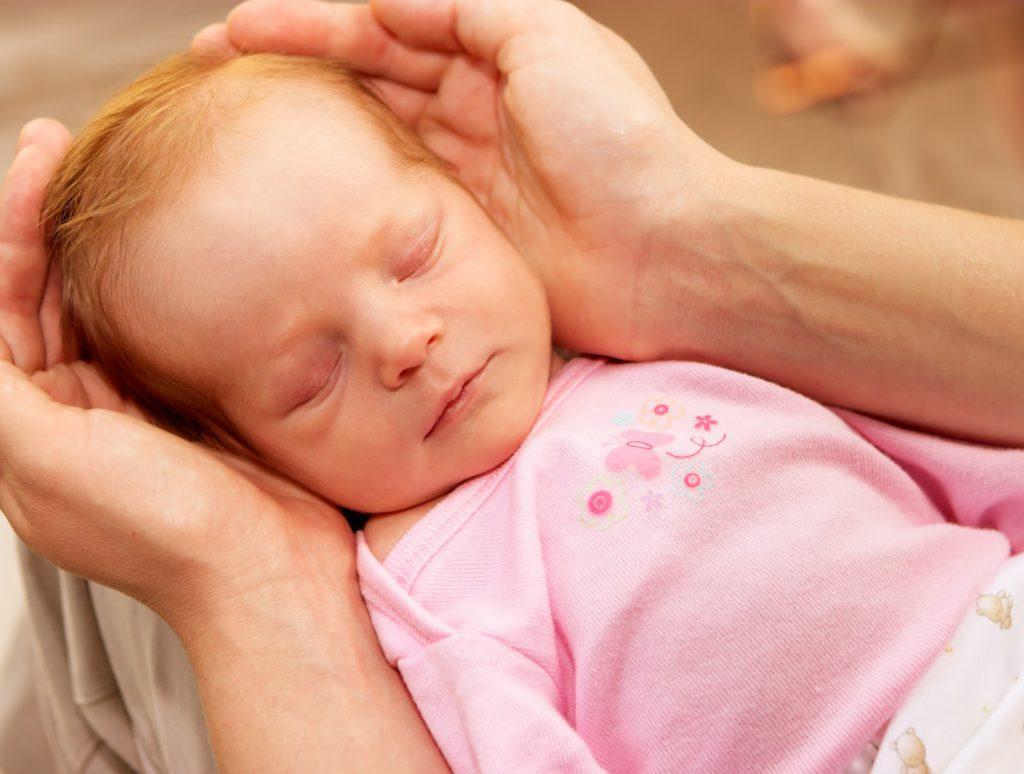 Массаж слезного канала у новорожденных: массаж глаза при непроходимости слезного канала