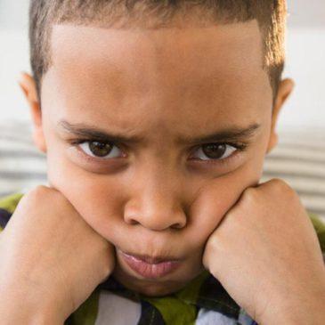 Гипотиреоз щитовидной железы у детей: причины, симптомы заболевания у малышей до года и в старшем возрасте, лечение