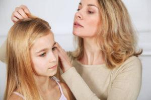 Частое моргание глазами у детей: причины и лечение