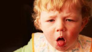 Кашель до рвоты у ребенка что делать и чем лечить ребенка