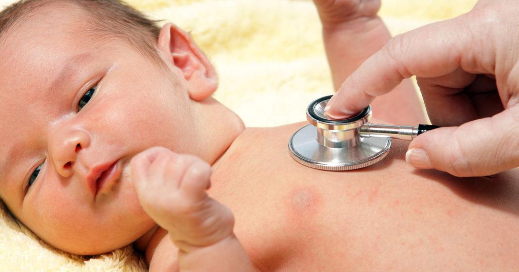 Новорожденный будто задыхается во сне. Ребенок тяжело дышит во сне причины