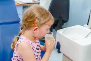 Противорвотные препараты для детей: лушие средства при ротовирусе, укол от рвоты, лекарства при отравлении в домашних условиях