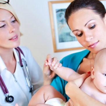 Плановый осмотр ребенка у специалистов в 6 месяцев: список врачей, у которых нужно пройти обследование
