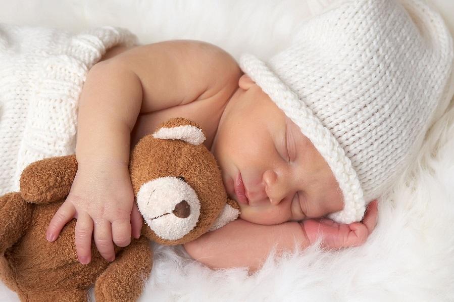 почему новорожденный ребенок стонет