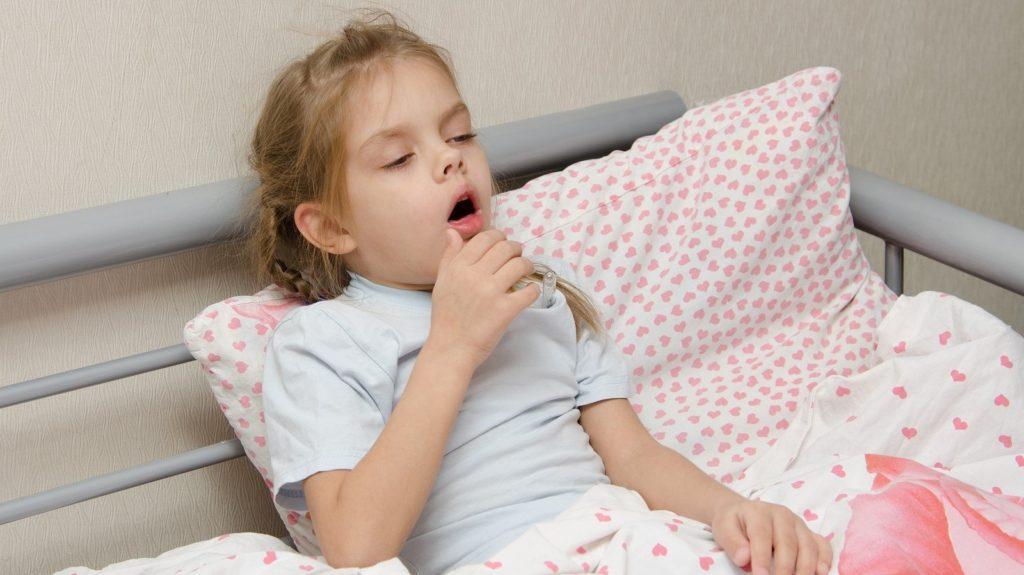 Как уменьшить приступ кашля у ребенка